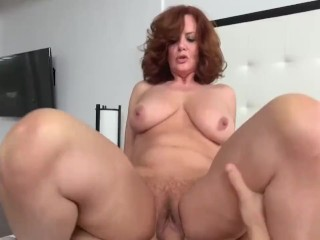Granny loves to suck dicks