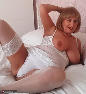 dolly parton nude gallery